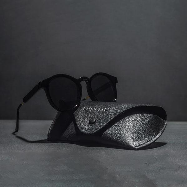 Vista Black